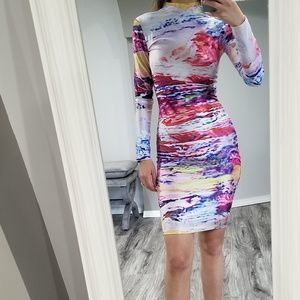 Multicolored stretchy long sleeve short dress